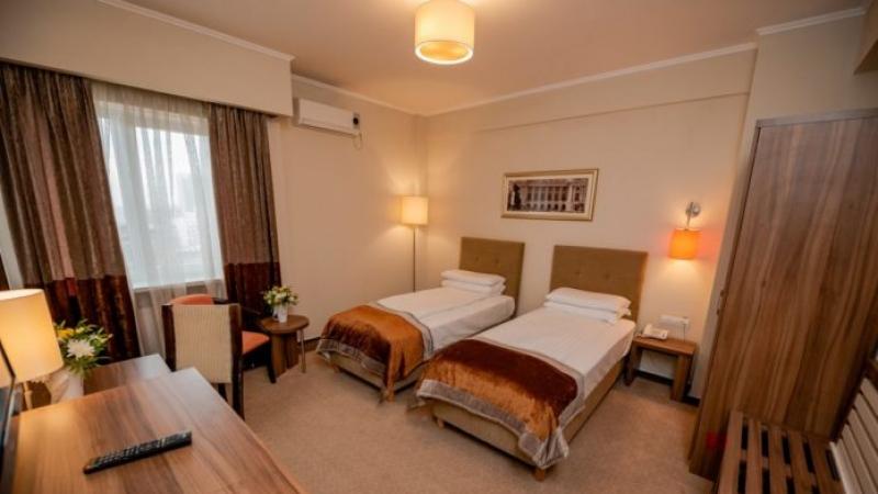 Hotelul Ambasador, gazda pentru cadrele medicale care lupta cu noul coronavirus
