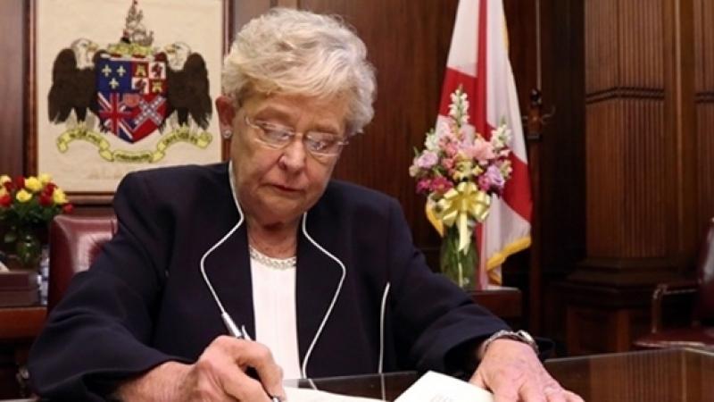 ONORANT: Medicii romani, elogiati de guvernatorul statului Alabama in convorbirea cu ambasadorul Romaniei, George Cristian Maior