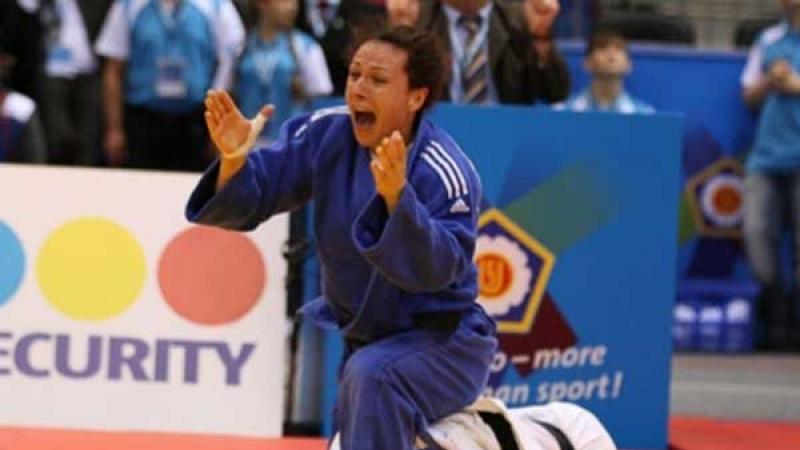 Andreea Chitu, medalie de argint la CE de judo de la Praga