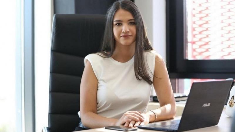 Andreea Cornea (26 de ani) se pregateste sa duca mai departe business-ul Anna Cori, fondat de parintii sai