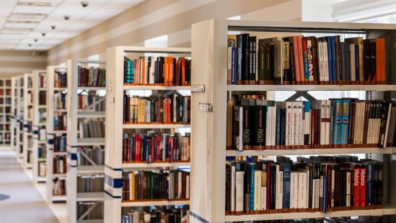 Biblioteca noua in cea mai mare comuna din Romania