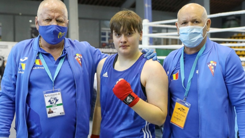 Livia Botica, noua campioana europeana la box, la categoria +80 kg!