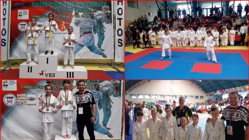 Pe podium, la Sighisoara: Micii sportivi kata din Plopeni