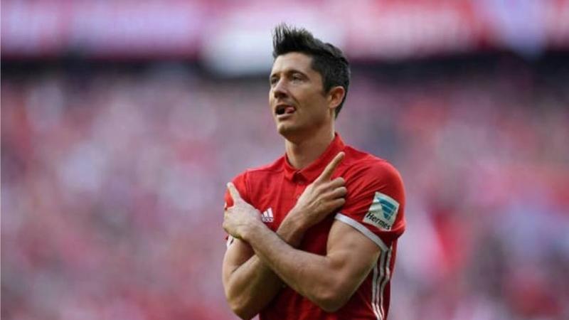 Un fotbalist de top a donat un milion de euro pentru lupta împotriva Covid-19