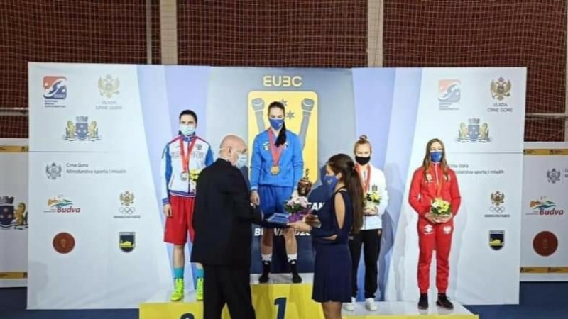 Loredana Marin, campioana europeana de tineret la box!